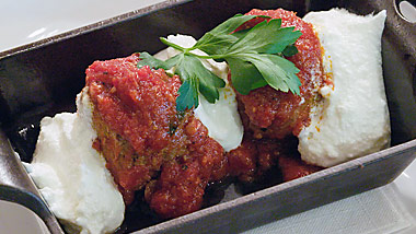 carrabbas_meatballs_big